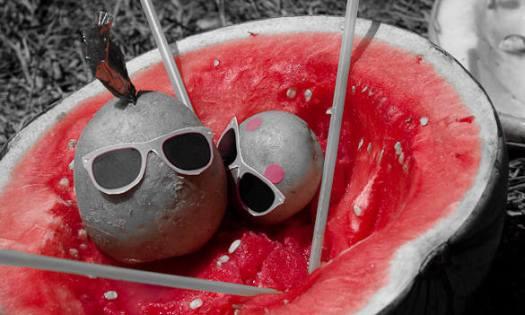 Halbe Melone mit Kartoffeln