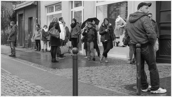 Der tägliche Wahnsinn in Berlin - Foto: h|b