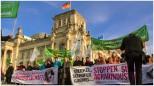 Vorbei an der Zielgruppe der heutigen Demonstration - Foto: h|b