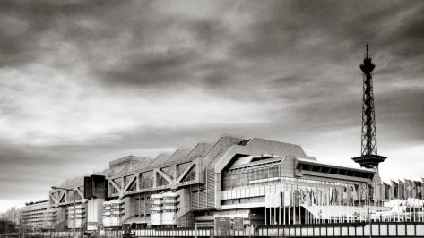 Das ICC Berlin mit dem Funkturm - Foto: h b