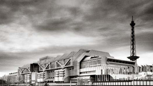 Das ICC Berlin mit dem Funkturm - Foto: h|b