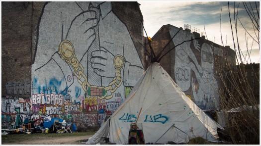 Zeltlager auf der Cuvrybrache an der Schlesischen Straße in Kreuzberg - Foto: h b