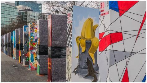 Die Mauer als Dominosteine zum Jubiläum 2009 - Foto: h|b