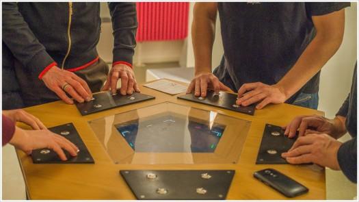 Eine spezielle und nicht einfach zu spielende Pongvariante steht im Foyer des Museums - Foto: h|b
