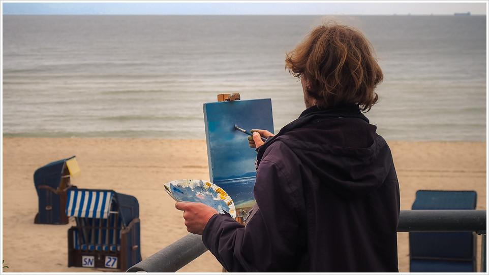 Ein Maler an der Küste von Usedom