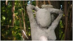 Figur im Wald am Schermützelsee