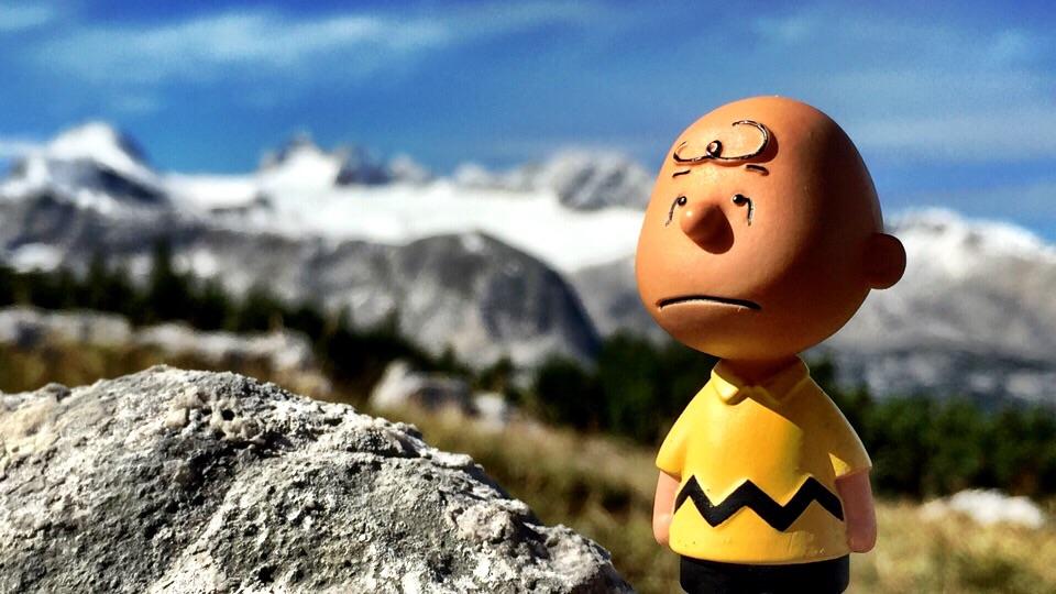 Charlie Brown vor der Kulisse des Dachsteingletschers