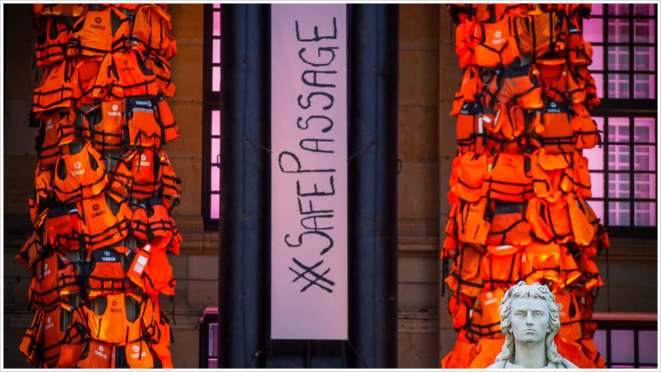 Kunstaktion des Künstlers Ai Weiwei in Berlin