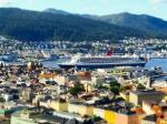 Die QM2 in Bergen - Foto: h|b