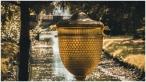 Goldene Urne, Wörlitzer Brücke