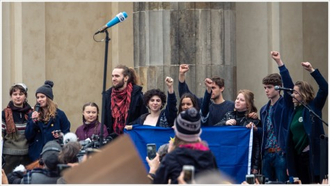 FFF - Podium mit Greta Thunberg