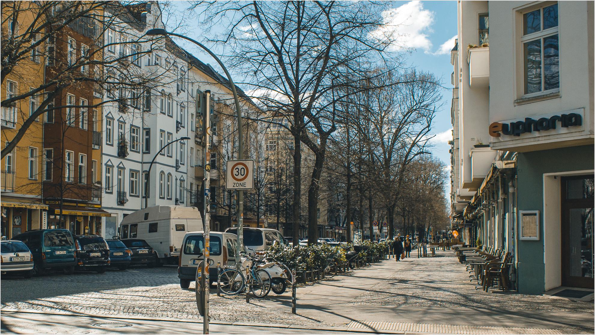 Simon-Dach-Straße