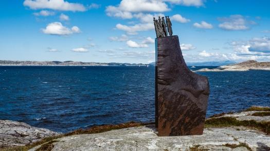 Denkmal zu einem Schiffsunglück vor Ryvarden Fyr