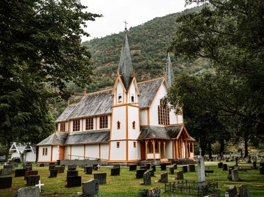 Kirche in Lærdalsøyri