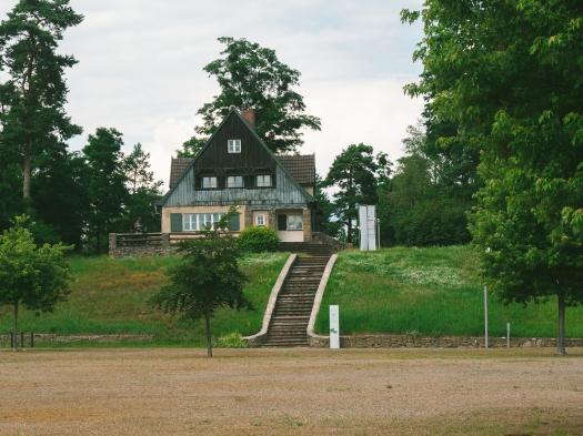 Eines der Führerhäuser SS im KZ Ravensbrück