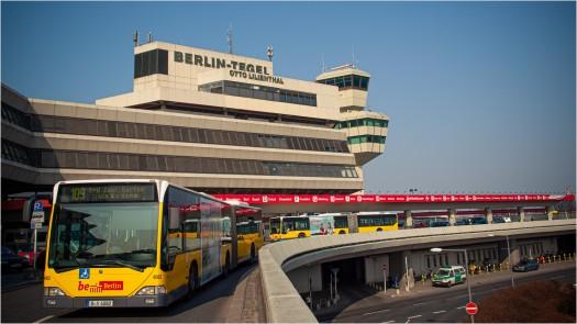 Busanreise am Flughafen Tegel