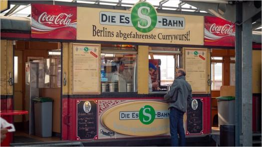 Currywurstbude am Flughafen Tegel