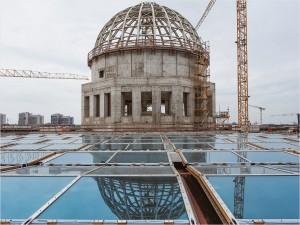 Humboldtforum Dach mit Kuppel im Bau