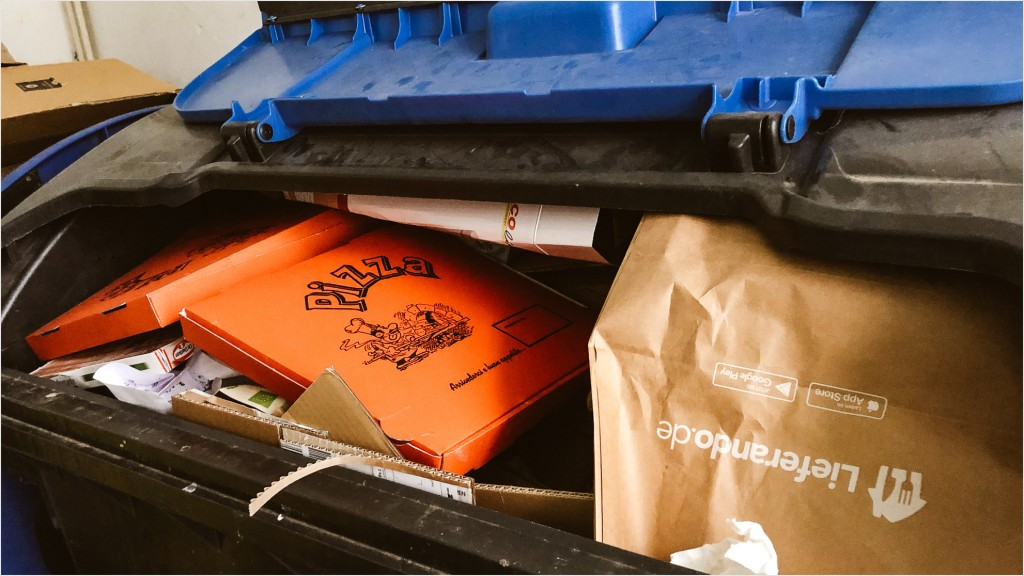 Recycling Pizzaschachteln und Liefertüten