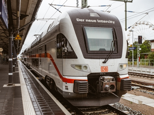 ICx im Bahnhof Warnemünde